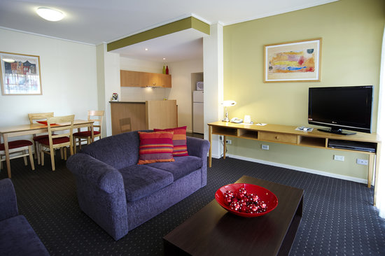 Quest Narre Warren: Each apartment is fully self contained with seperate living and dining area with fully equipped