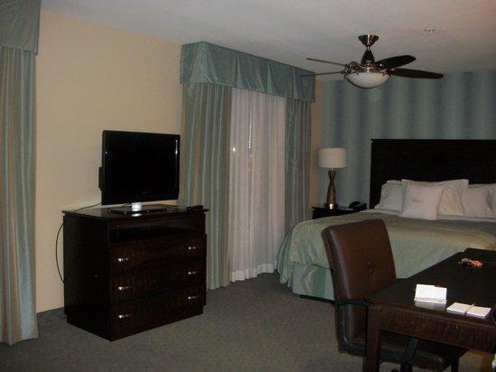 Homewood Suites Atlanta NW-Kennesaw Town Ctr: Sleeping area
