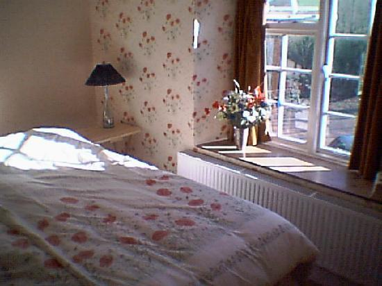The Glen B & B: Bedroom interior at The Glen