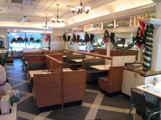 Dimitri's Diner Family Restaurant: Dimitri's Diner One of The 2 Dining Rooms