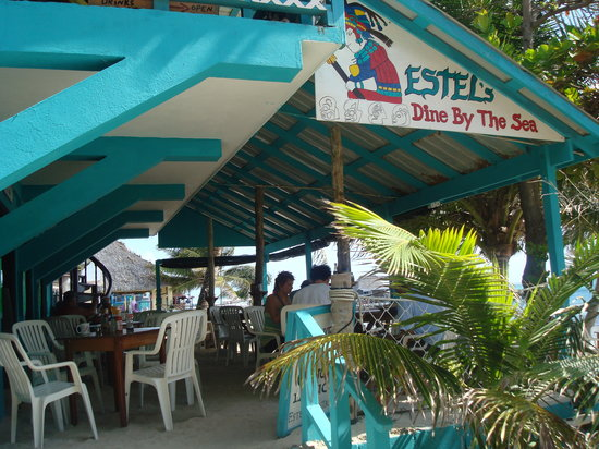 Estel's Dine by the Sea: Breakfast at Estel's