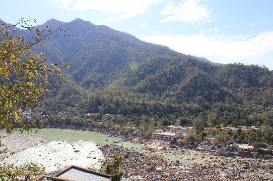 Hotel Ganesha Inn : more of the view
