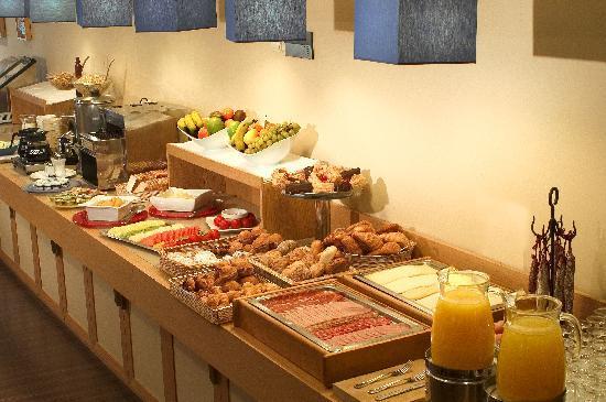 BEST WESTERN Mediterraneo: Desayuno