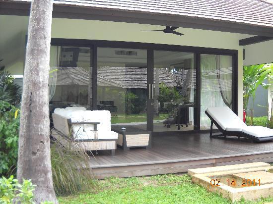 Nikki Beach Resort & Spa : Front porch to bungalow
