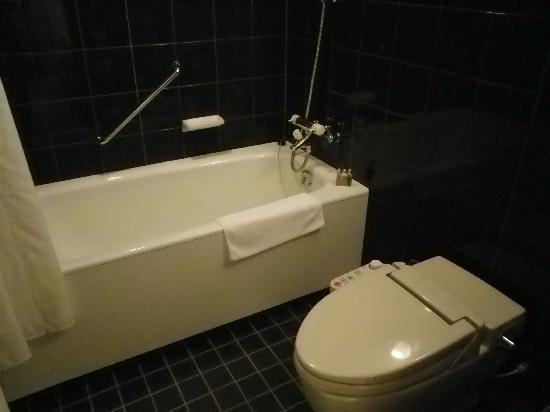 Mercure Nagoya Cypress : バスルーム