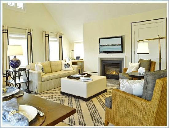 White Elephant Village | Residences & Inn: White Elephant Village Residence Living Room