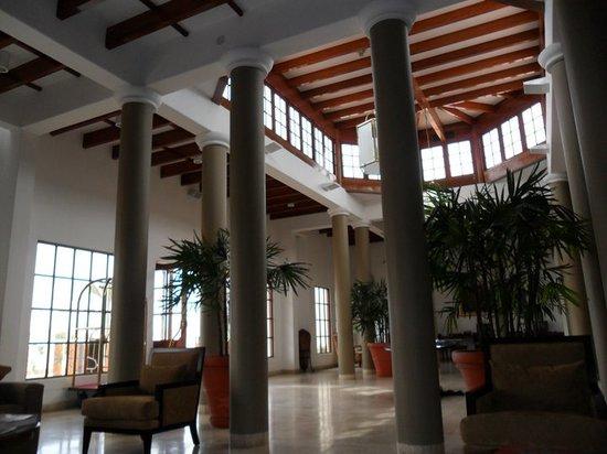 La Hacienda Bahia Paracas: lobby