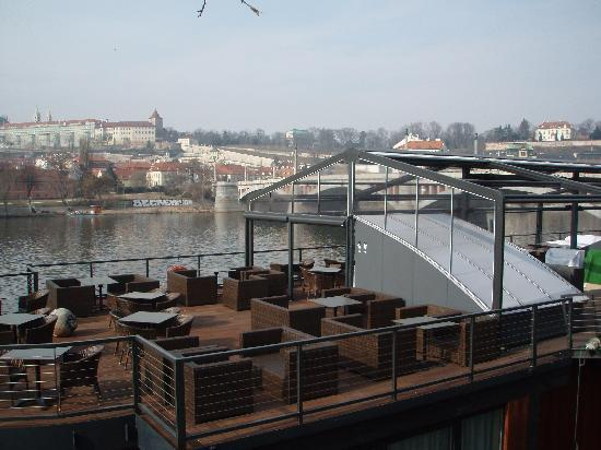 Marina Ristorante : Another view of the top deck