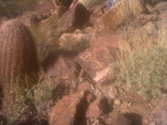 "Western Destinations - Robson's Ranch & Mining Camp: Unknown Petroglyph......""Halo"""