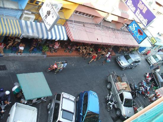 Queen Victoria Inn: Balcony View2 Soi 6