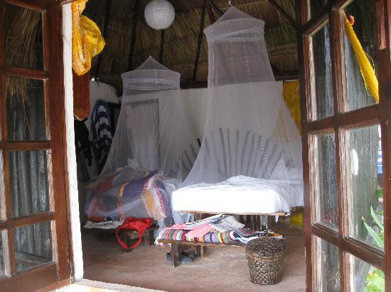Retiro Maya Villas: looking into cabana