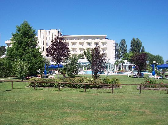 Hotel Abano Leonardo Da Vinci Terme & Golf: vista colli