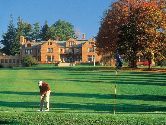 Cranwell Spa & Golf Resort : 8th hole of our Championship Golf Course