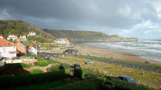 Sandsend, UK: Cliff View - View from Ness View balcony