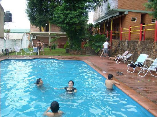 Hostel Park Iguazu: Pileta