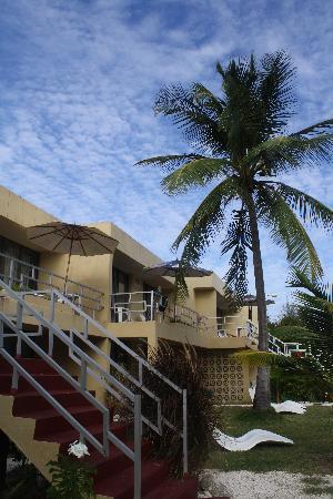 MoonRaker Beach Hotel: the apartments