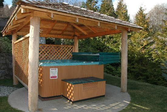 hot tub in shelter picture of at the shore b b sechelt