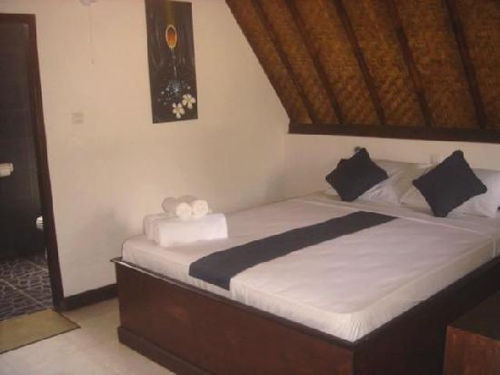 Tunai Cottages: Bedroom