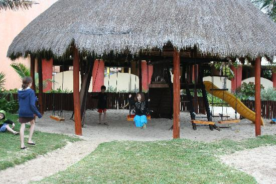 Grand Bahia Principe Tulum : Shelterd playground in Kid's Club