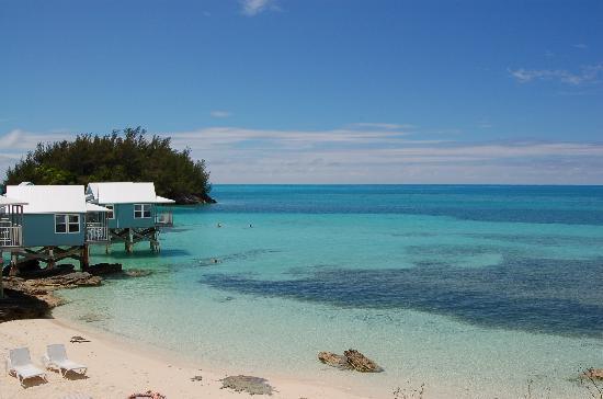9 Beaches Resort : 一番高いコテージ側の海