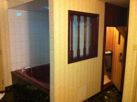 Best Western Plus Toronto Airport Hotel: room 624