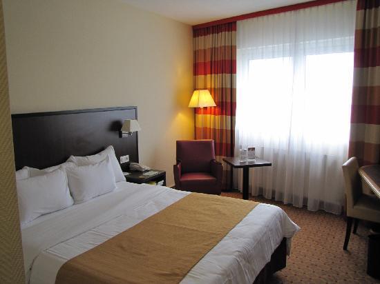 Motel Plus Frankfurt am Main: Courtyard room