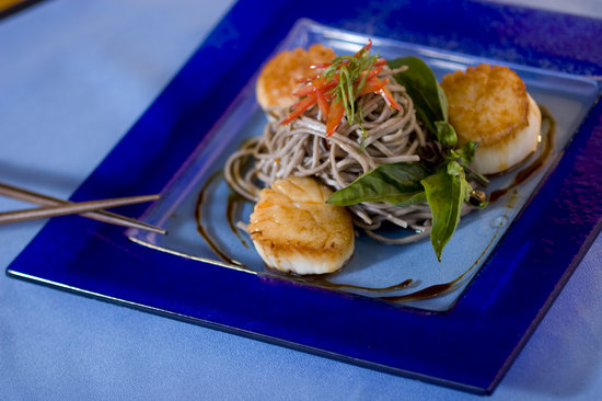 Yum Cha Asian Eatery: Udon and scallops