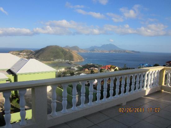 Villa Vista : view from balcony