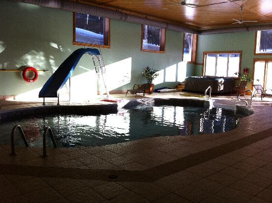 The Castle Inn: Pool area