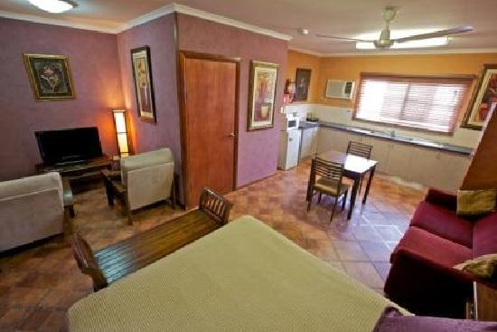 Cairns New Chalon: Corporate Suite