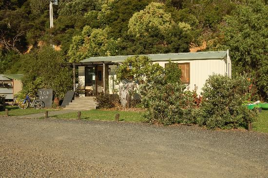 Tutukaka Holiday Park: Camp Office
