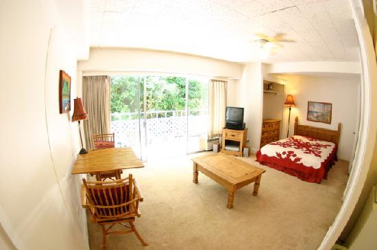 Prince Edward Apartment: 304号室