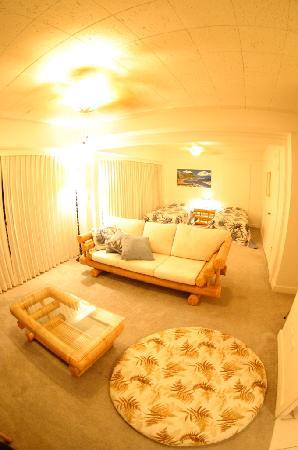 Prince Edward Apartment: 306号室