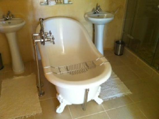 De Langenhof Guest House: stunning bathroom