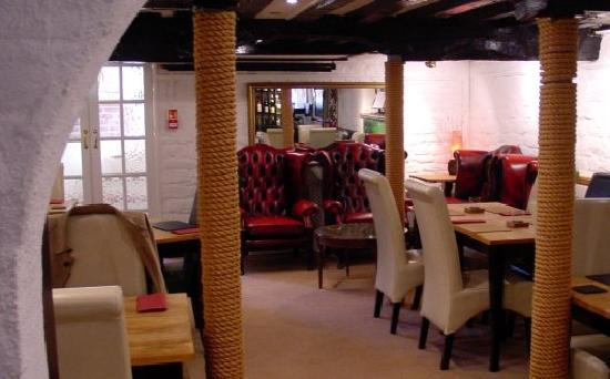 Bridport's Wine Bar & Brasserie: Wine Bar