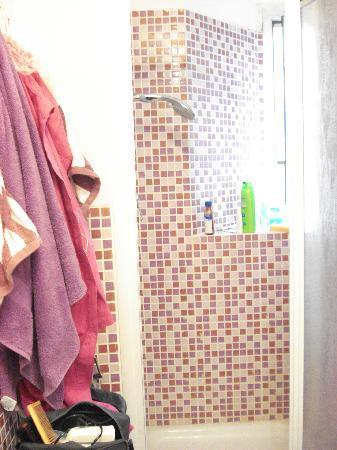 Tutto Tondo : uno dei due bagni troppo carini!!!