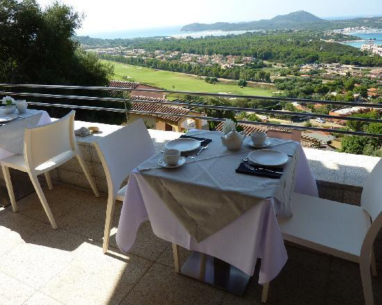 Relais Abaton, Exclusive B&B: Vista sul campo da golf