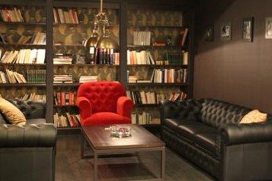 Marivaux Hotel: Brasserie Meat Me Lounge