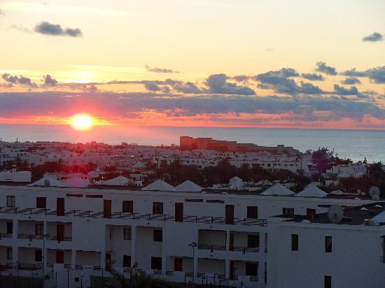 Las Colinas: sun set from room