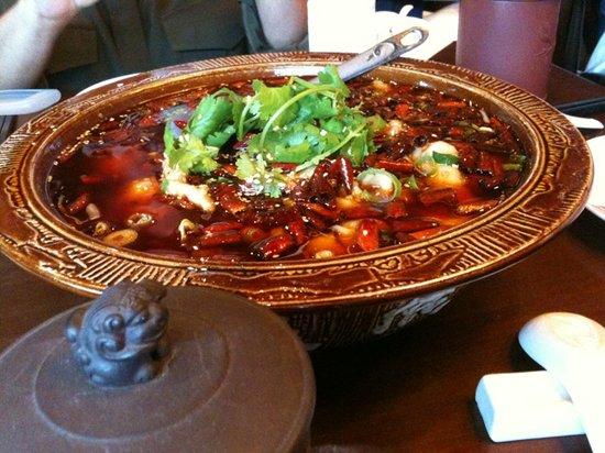 Hu Tong Dumpling Bar: Chilli fish dish