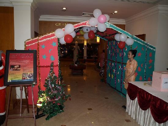 Angkor Century Resort & Spa: ガラディナーの入り口