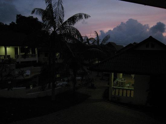 Samui Reef View Resort: lever de soleil