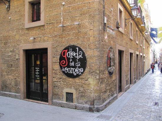 La Gorda te da de comer: Photo of the building (February 2011)