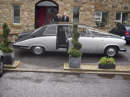Donegal Manor: Bridal Car collecting Shauna