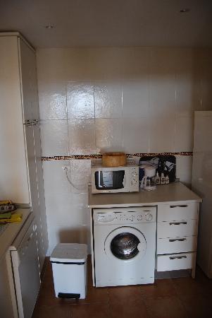 Apartamentos Atalayas de Riviera: the kitchen
