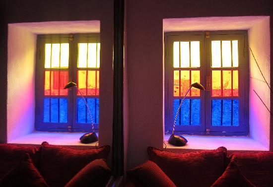 Dar Del Mare: Una ventana en un rincón muy cuco