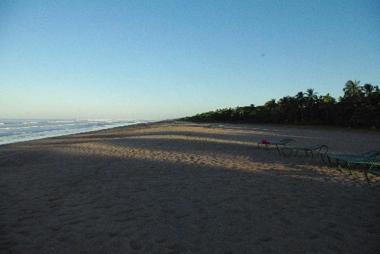Barcelo Montelimar: Une partie de la plage