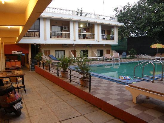 Candolim Villa: Внутренний дворик