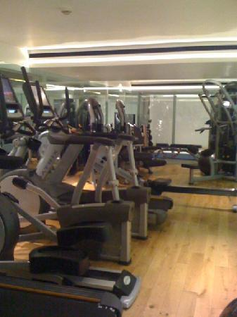 Gym - Picture of Town Hall Hotel, London - TripAdvisor