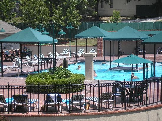 French Quarter Resort: Pool From Our Balconey